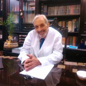 dr-mantouvalos